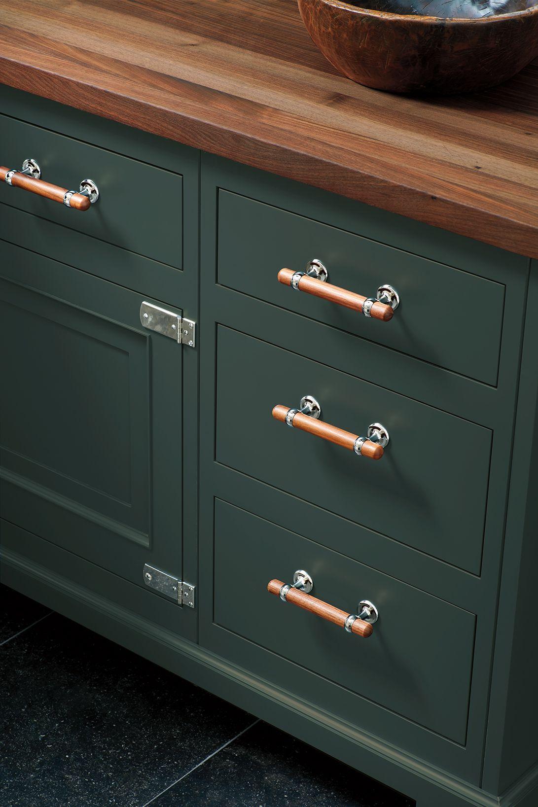 Stockton 6 1 4 Walnut Pull Walnut Worktop Copper Handles Kitchen Kitchen Redesign
