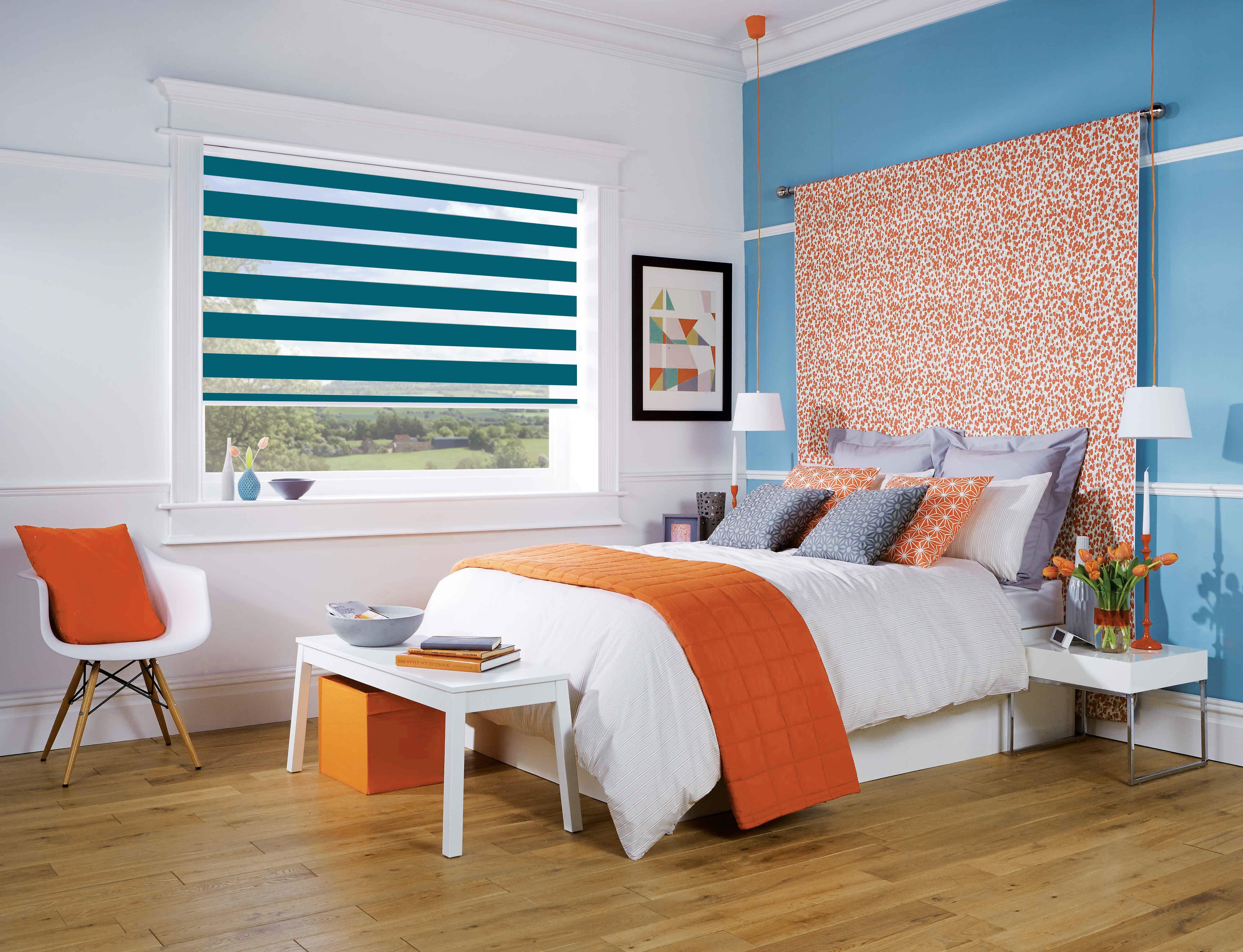 De la couleur dans votre chambre avec le store enrouleur jour nuit ...
