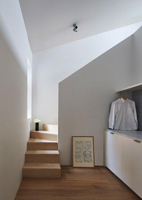 Theresa-St-Residences_Sonelo_dezeen_468_6 INTERIOR DESIGN - diseo de escaleras interiores