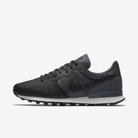 Nike Internationalist Premium SE Men's Shoe