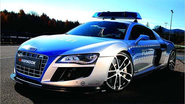 Na, dem Polizeiwagen entwischt sicherlich keiner! #cars #police #audi #r8 #autofaszination