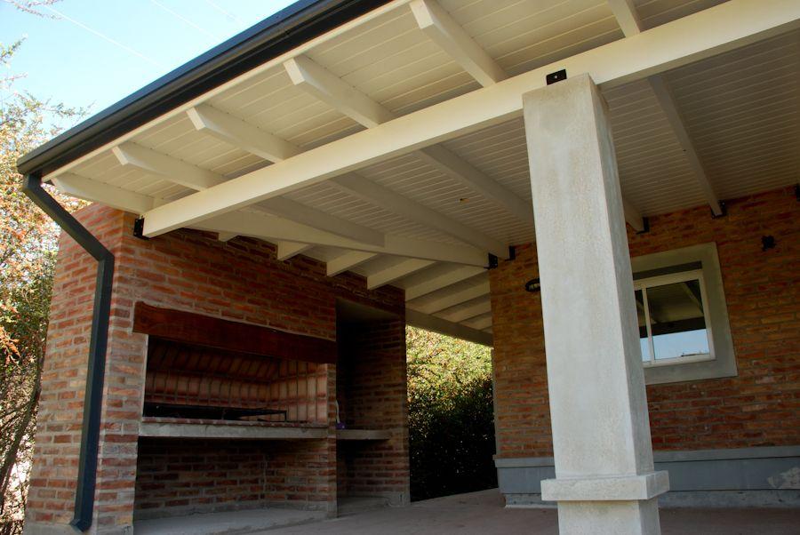 Galerias de chapa buscar con google calle 17 for Tejados de madera casas