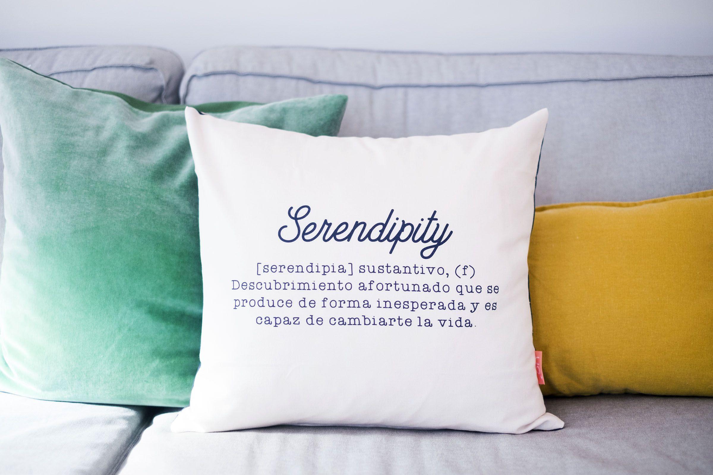 "Funda de cojín ""Serendipity""."