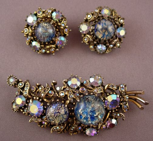 Learn How Much Your Vintage Costume Jewelry Is Worth Vintage Jewelry Vintage Costume Jewelry Vintage Jewelry Art