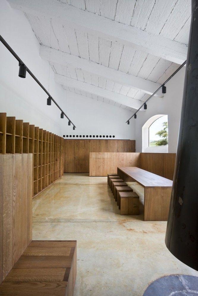 Gallery of Bodega de Sarría / Tabuenca & Leache - 8