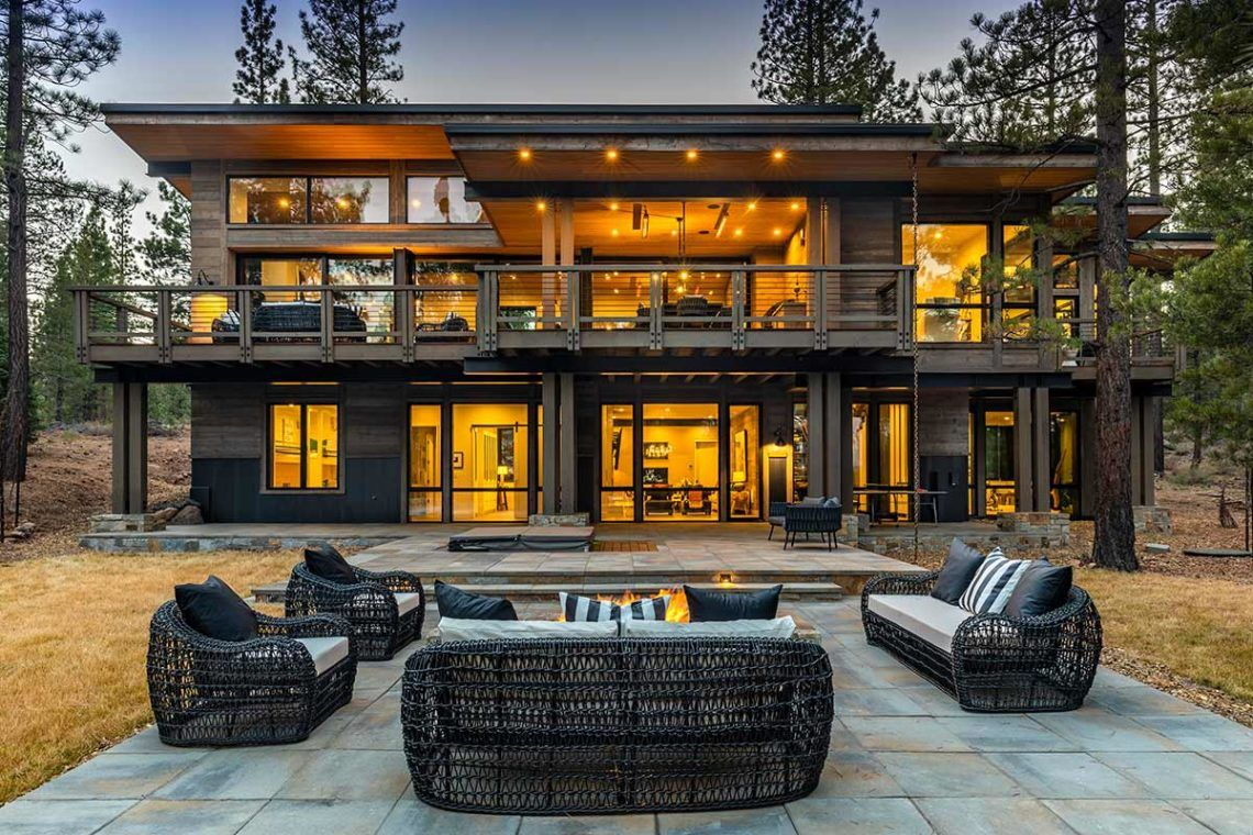 Sold Home 400 In 2020 Tahoe Cabin Modern Mountain Home Dream House Exterior