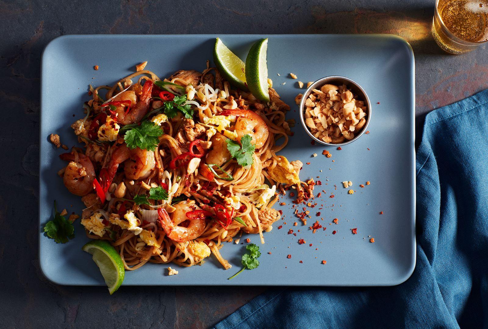 Pad thai Recept i 2020 Paprikor, Maträtt, Matlagning