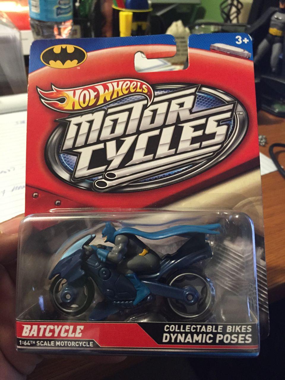 2012 Hotwheels Batcycle Motor Cycles With Figure Hot Wheels