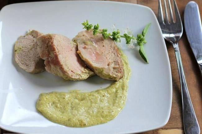 Solomillo de cerdo guisado al aroma de la albahaca: receta en menos de 30 minutos
