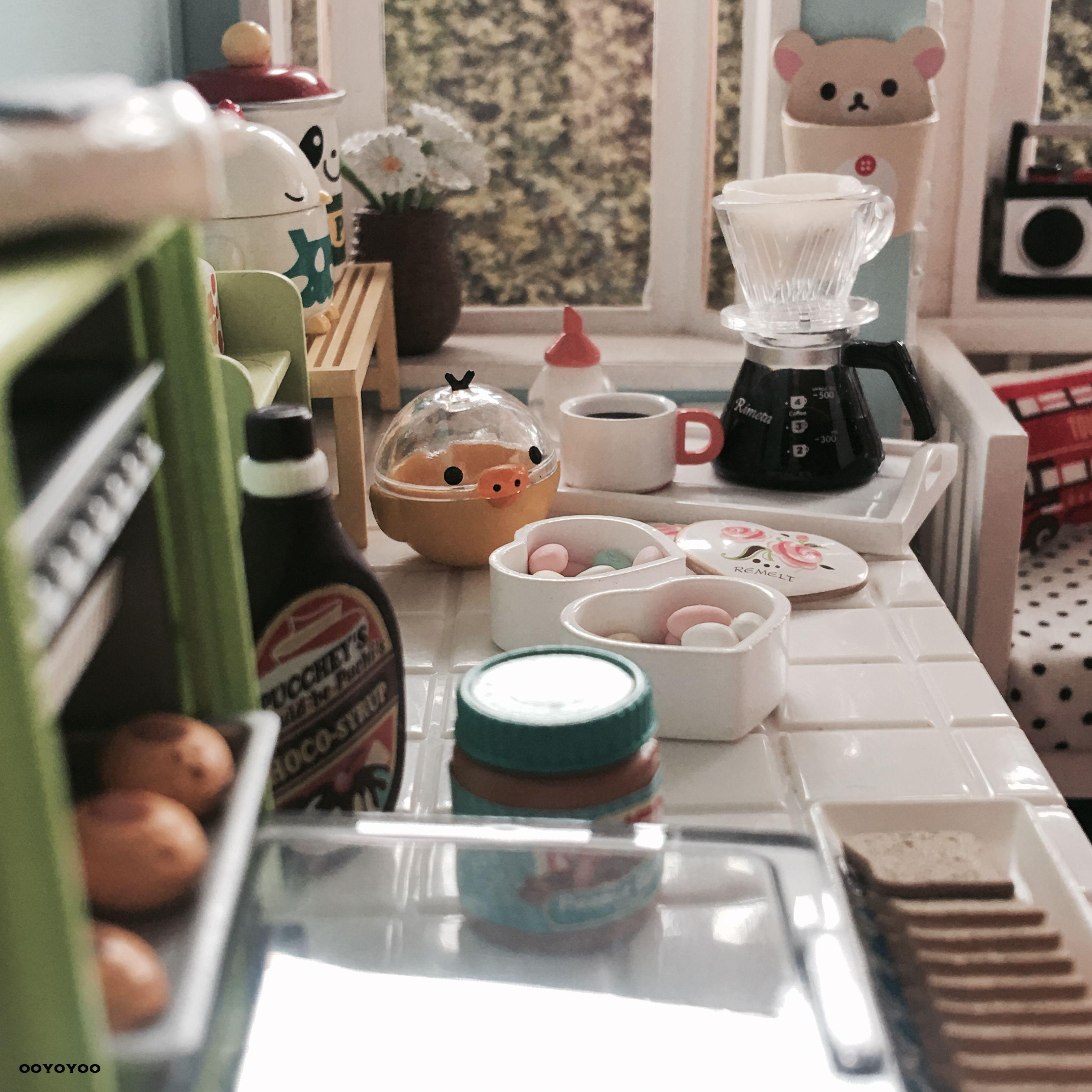 1:12 Scale Dollhouse Miniature CHARCOAL BRIQUETTES