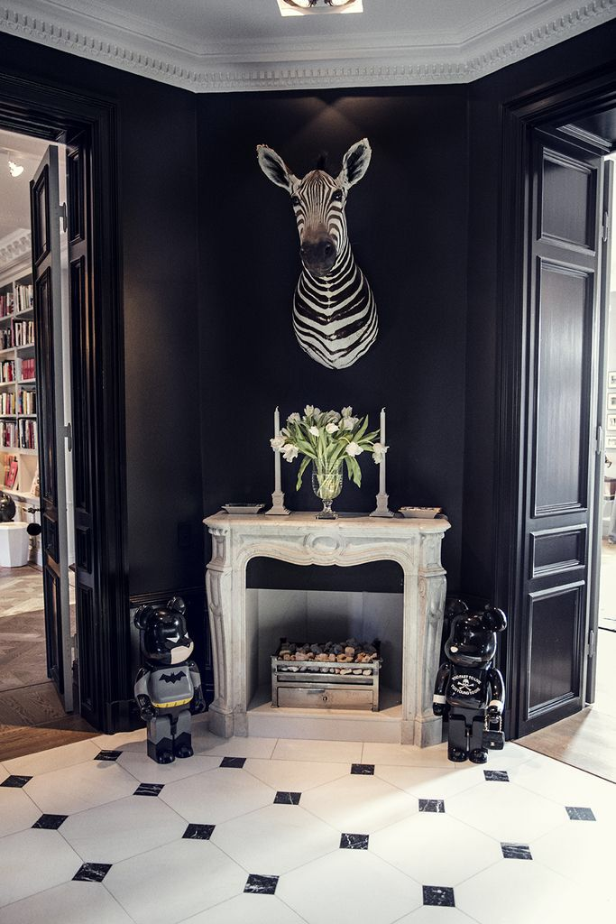 Hemma hos Emilia de Port Dark interiors, Unique bedroom