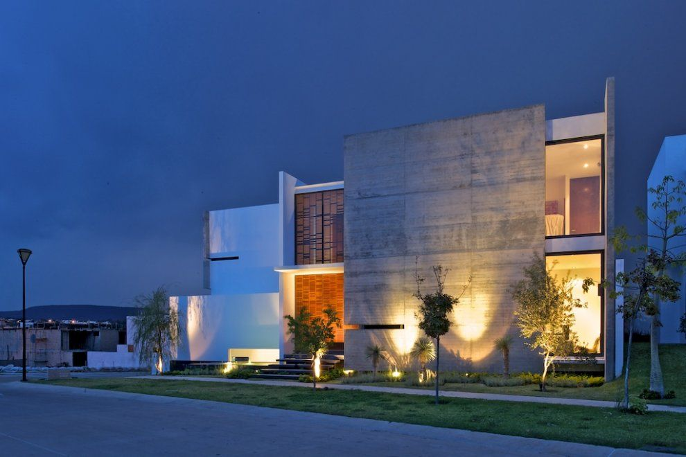X  House by Agraz Arquitectos- photo: Mito Covarrubias