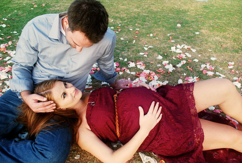 Best 25+ Couple Maternity Ideas On Pinterest