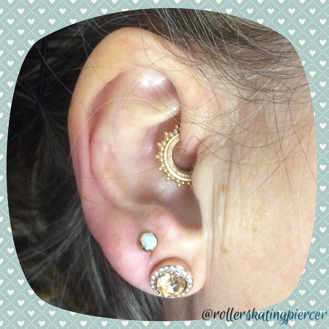 Piercing pain areas   Likes  Comments  Syd rollerskatingpiercer on Instagram