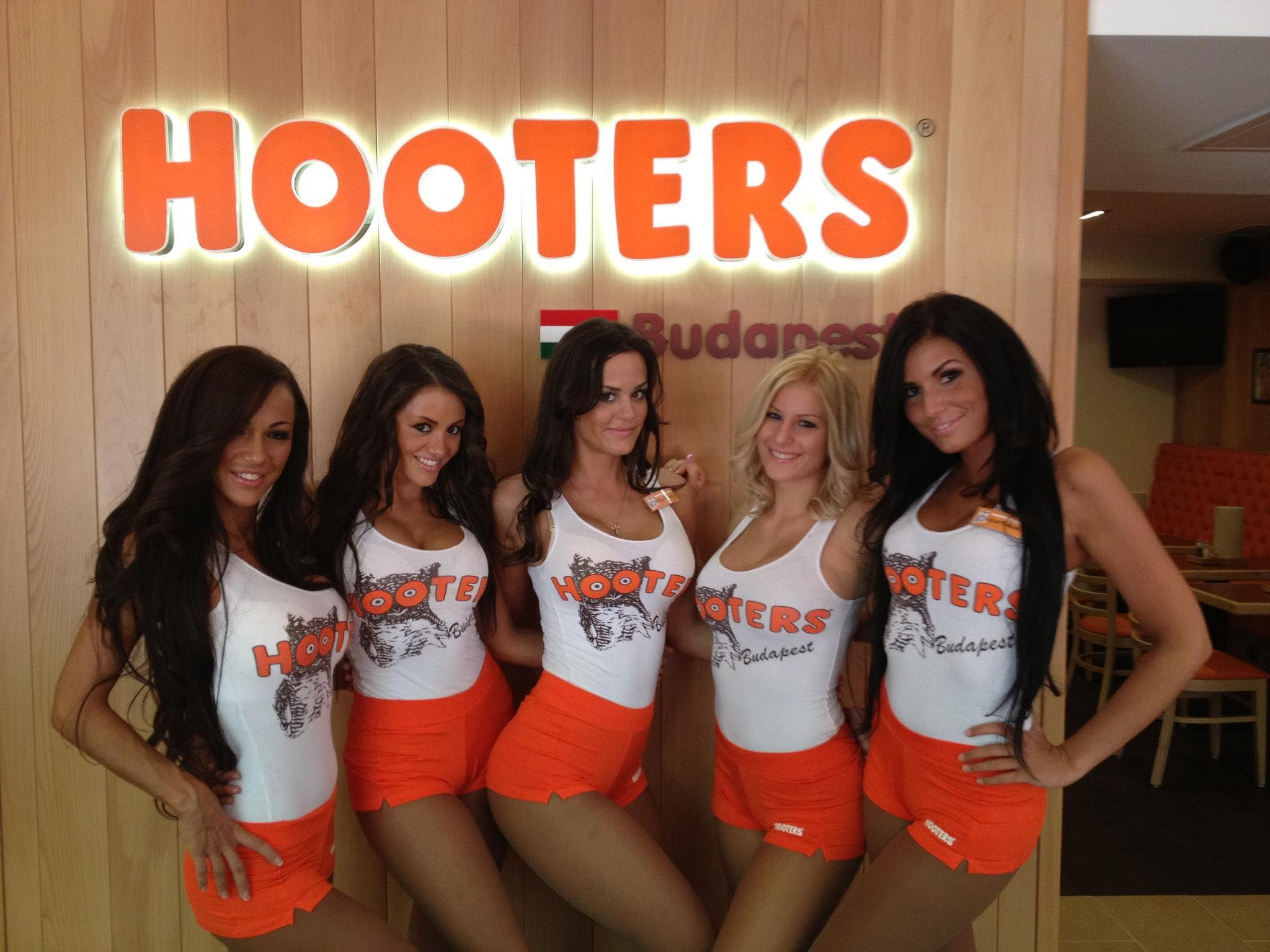 90ce478925491ca1fdf1f79e4fc79dcc - How To Get A Job At Hooters With No Experience