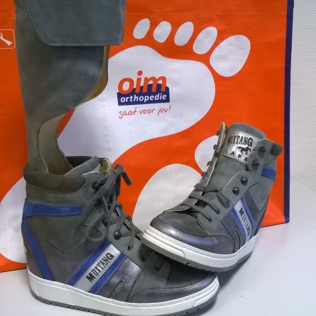 Semi ) orthopedische schoenen | Schoenen, Gympen