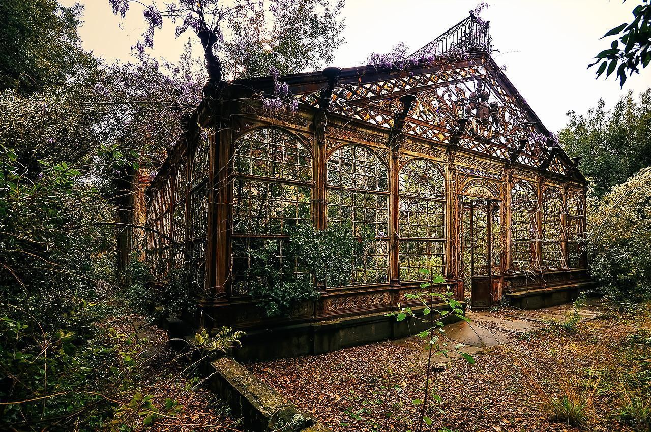 Abandoned Victorian Greenhouse | Greenhouse, Conservatory, Orangery ...