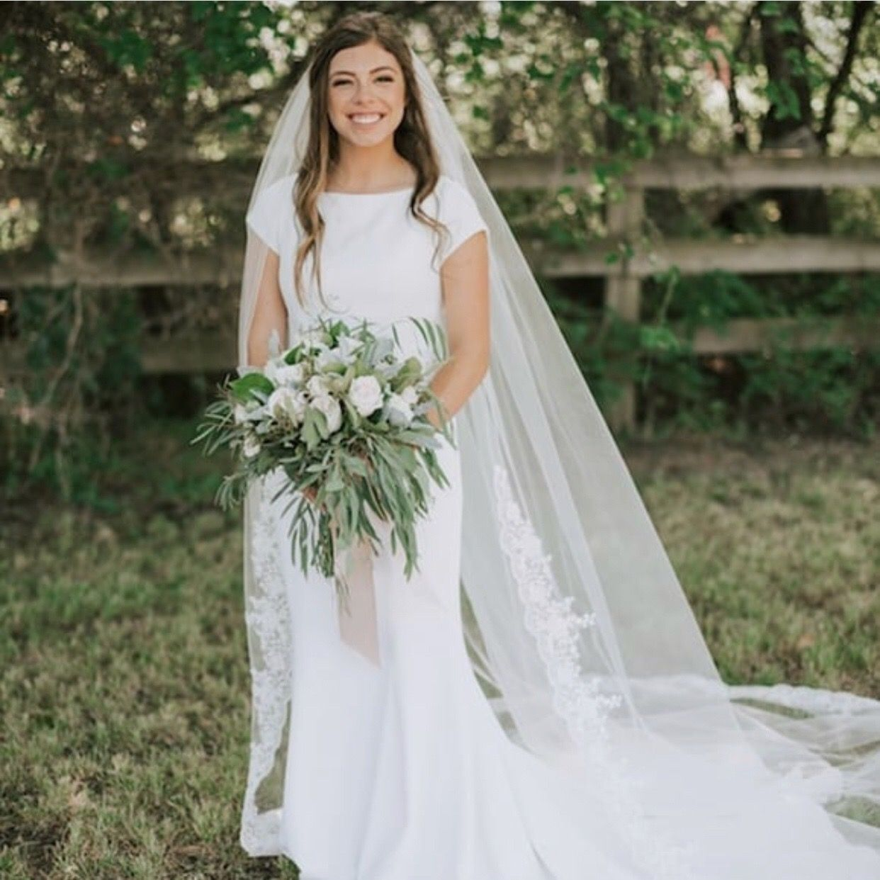 Simple Wedding Family Pictures: Pin By Sarah Tate On Duggar Style