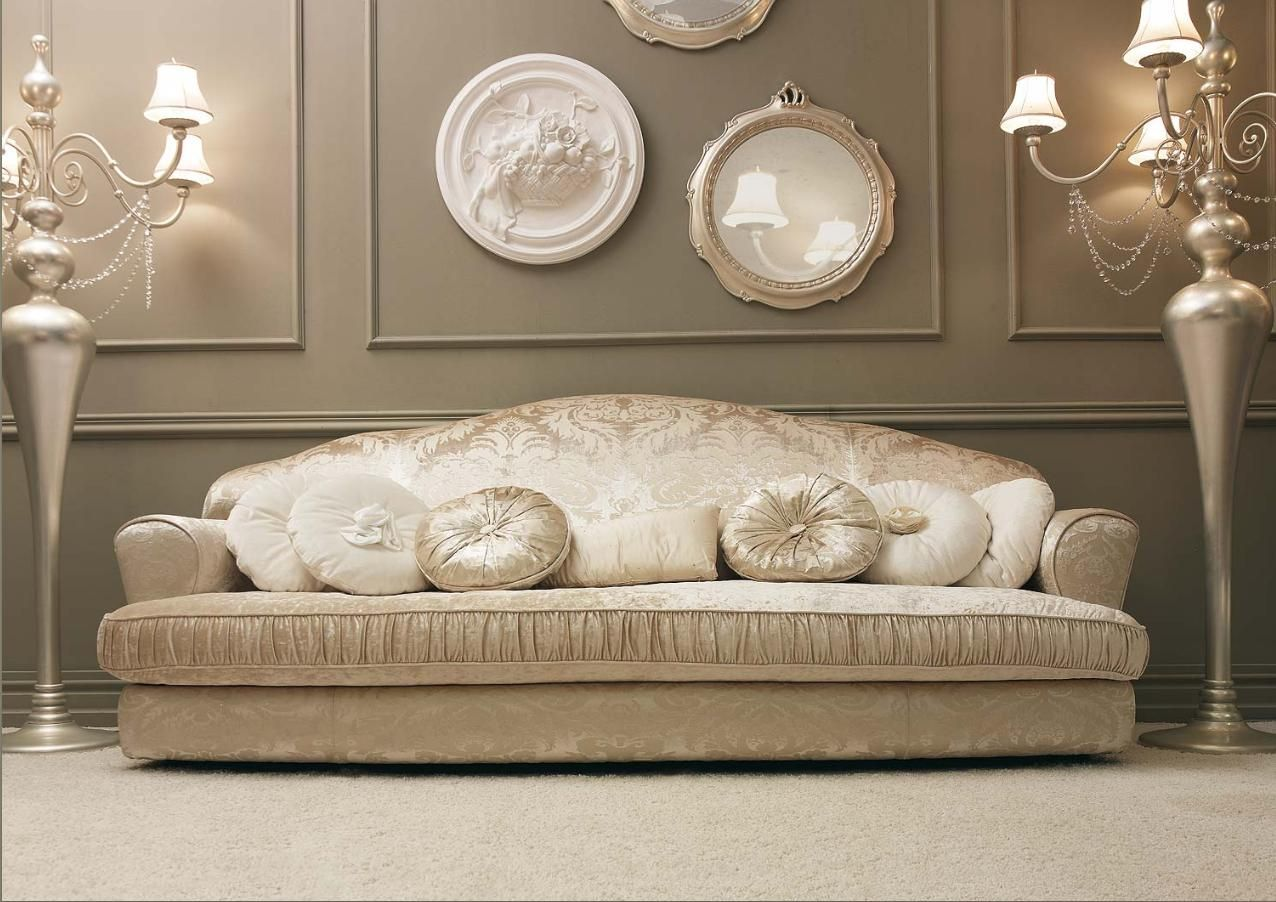 Risultati immagini per divano classici bianchi French