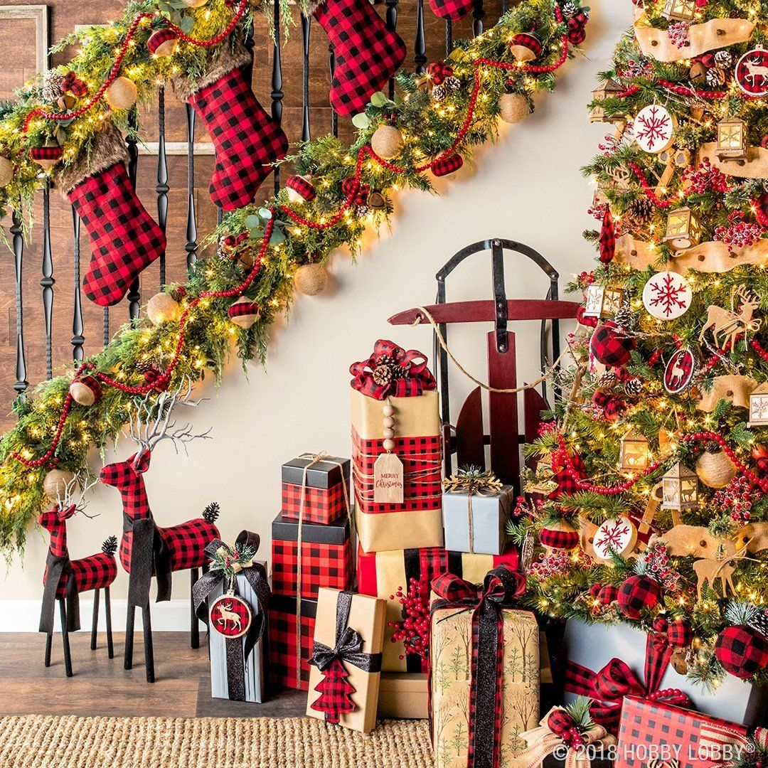 Holiday Home Decorations: This Christmas, Give Your Home Cozy-cabin Charm With The