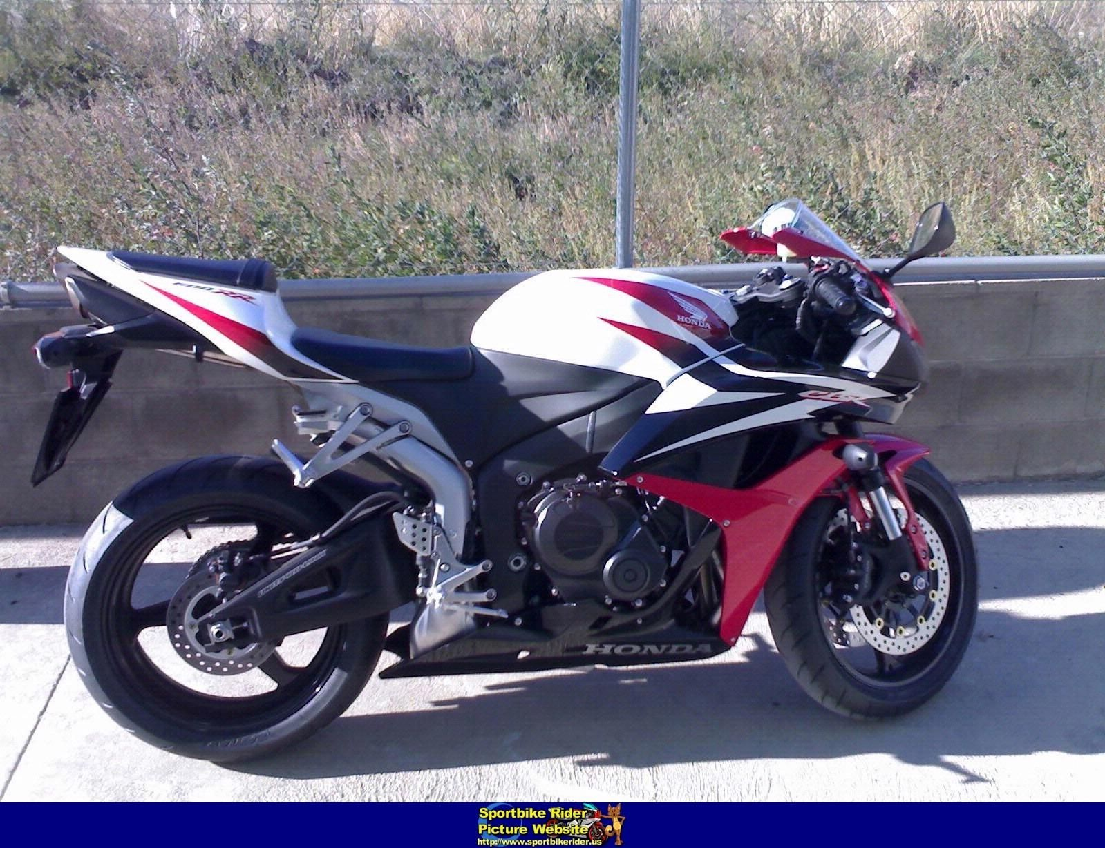 Picture of a 2000 Kawasaki ZX12R Sportbike ID270513 in