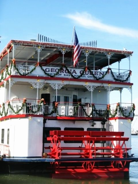 Georgia Queen Savannah River Boat Is Decorated For The Holidays