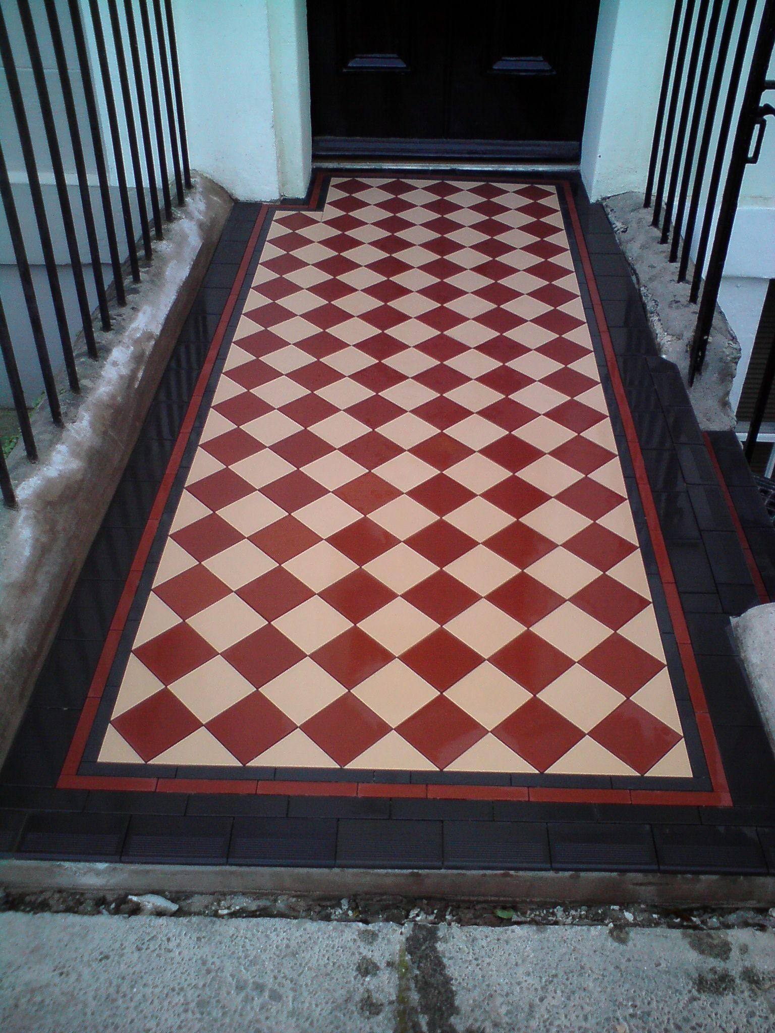 Red white victorian tiled front path tiled by bishopston tiles red white victorian tiled front path tiled by bishopston tiles dailygadgetfo Image collections