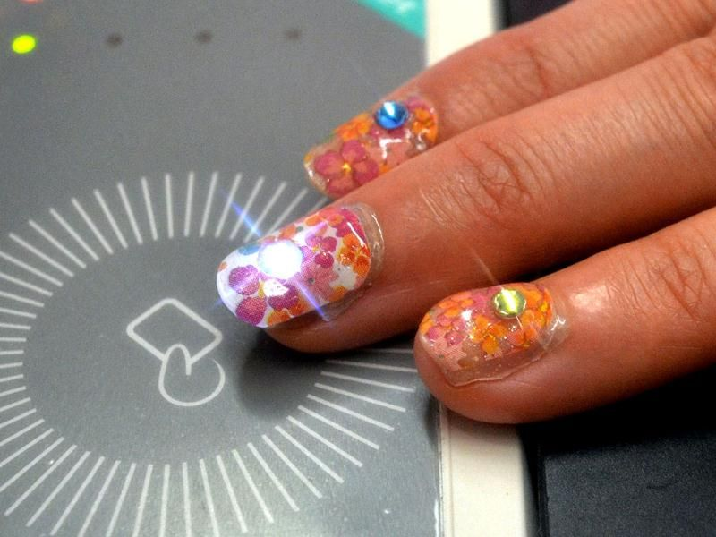 Lumi Deco LED Light-up Nail Stickers Shine When Your Phone Rings ...
