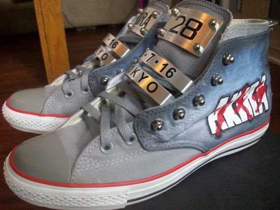 AKIRA hand painted custom shoes. With Lace lock.