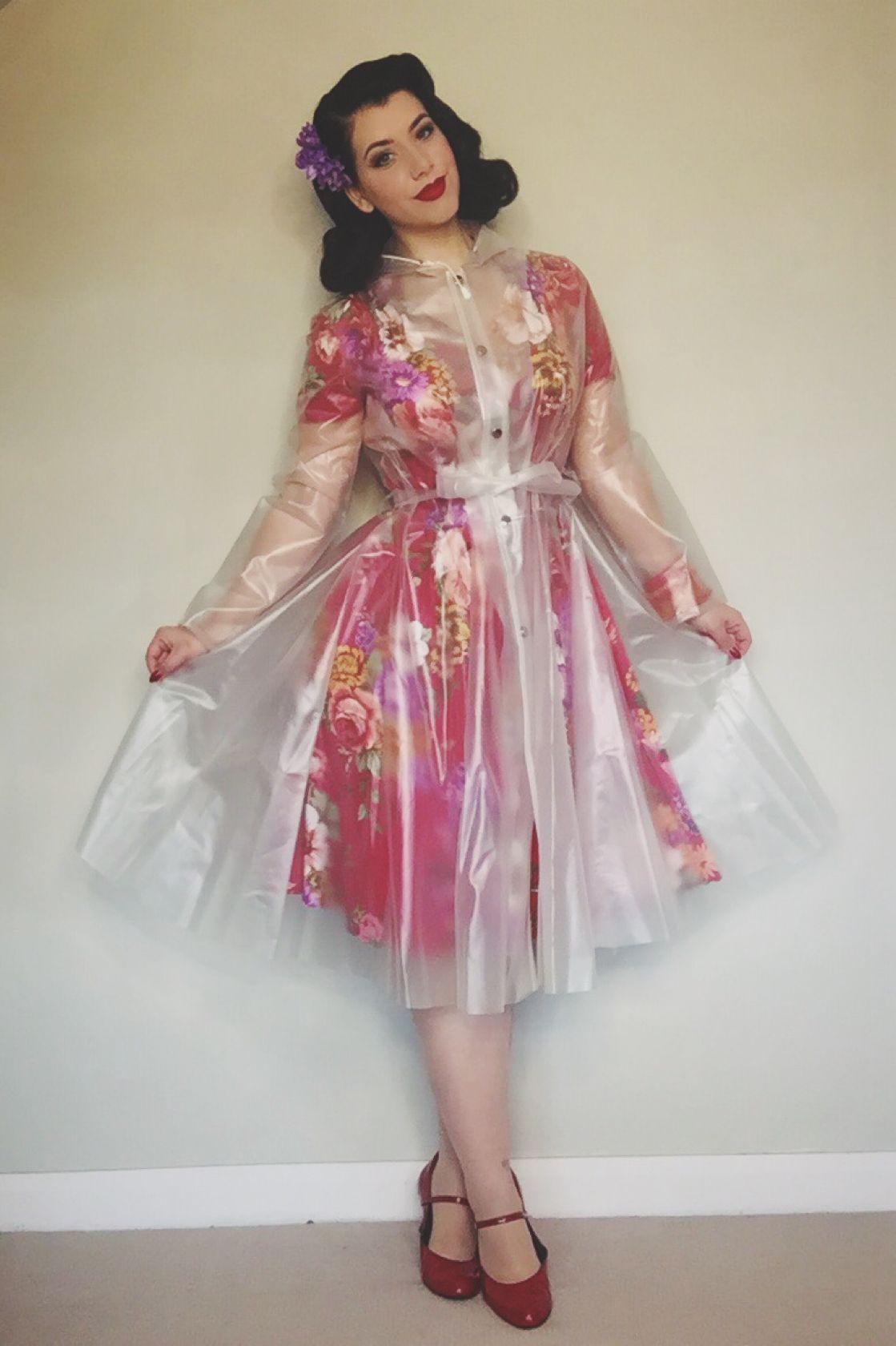 SHEER RETRO RAINCOAT! | Raincoat Outfit