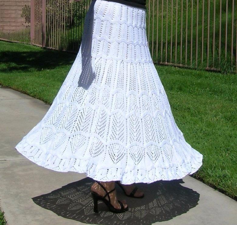 Вязание ажурной юбки спицами для женщин