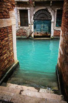 el Canal turquesa, Venecia, Italia