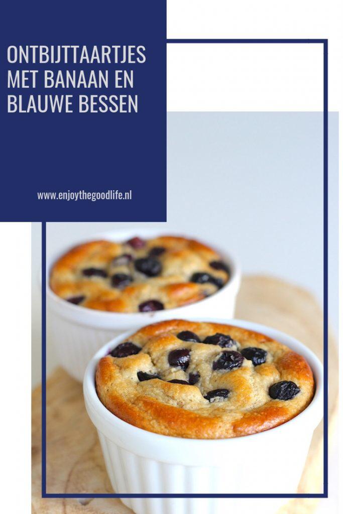 Ontbijttaartjes met banaan en blauwe bessen #koolhydraatarm - ENJOY! The Good Life