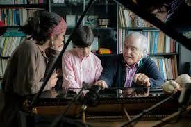 El hombre y la música, Laura Sipán 2013