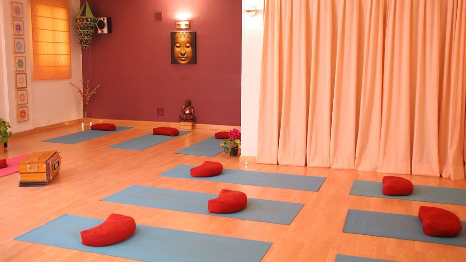 Imagen relacionada ambiente para meditar pinterest - Salas de meditacion ...