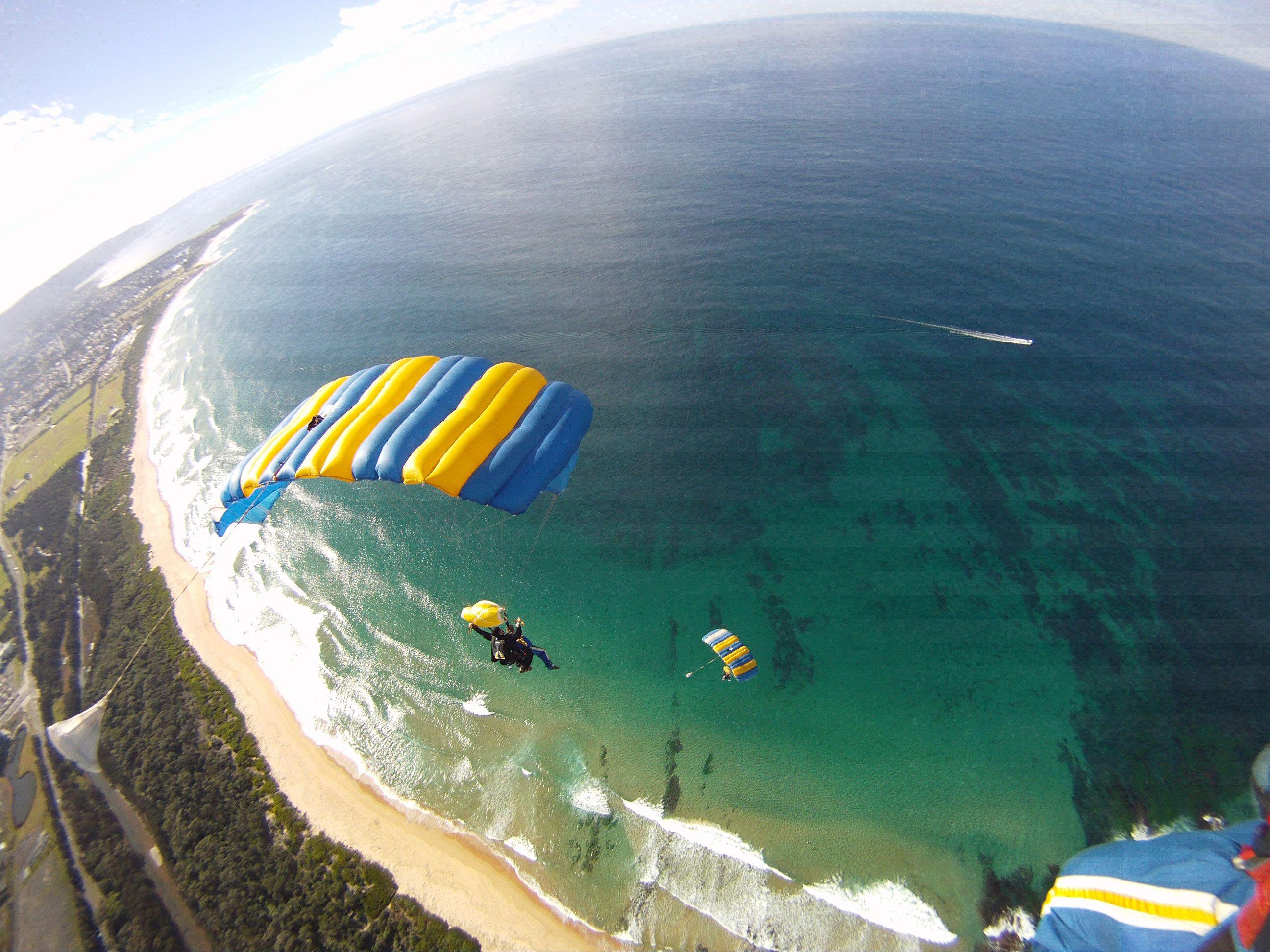 Resultado de imagen de fotos paracaidistas australia