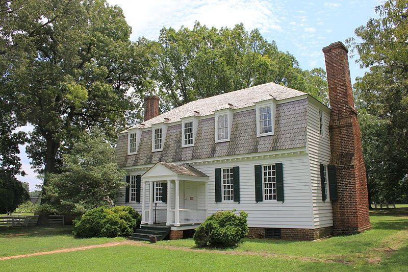 The Moore House York Co Virginia Is Best Known As The Site Where The Articles Of Capitulation Following T Moore House Colonial House Farmhouse Architecture