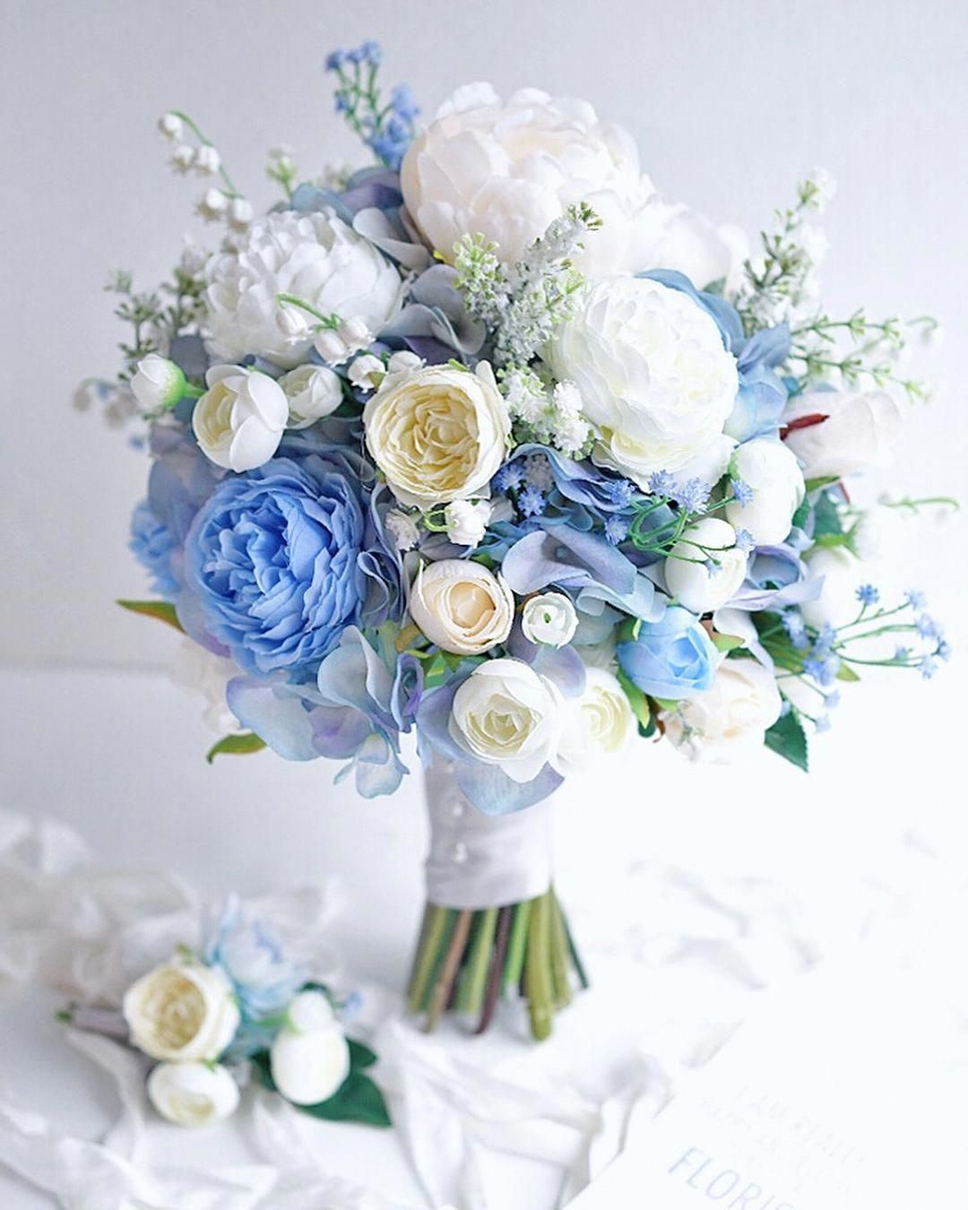 These Will Help Your Floral Specialist Comprehend The Styles Colors And Flower Types You Like Blue Wedding Bouquet Flower Bouquet Wedding Bridal Bouquet Blue