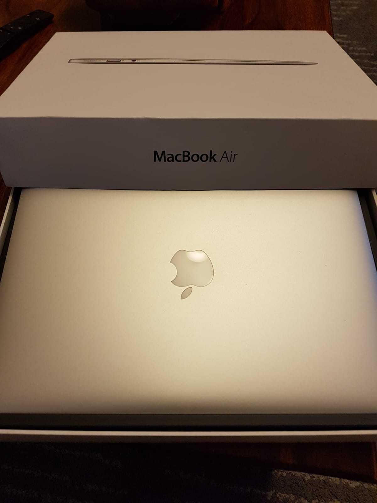 Apple Macbook Air 13 Laptop Early 2014 Mint Condition With Original Receipt Macbook Air Apple Macbook Air Macbook