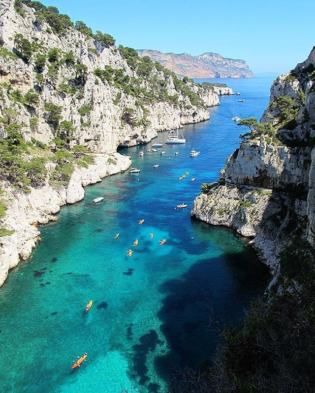 Les Calanques, Marsella, Francia Follow us: @arqillusions