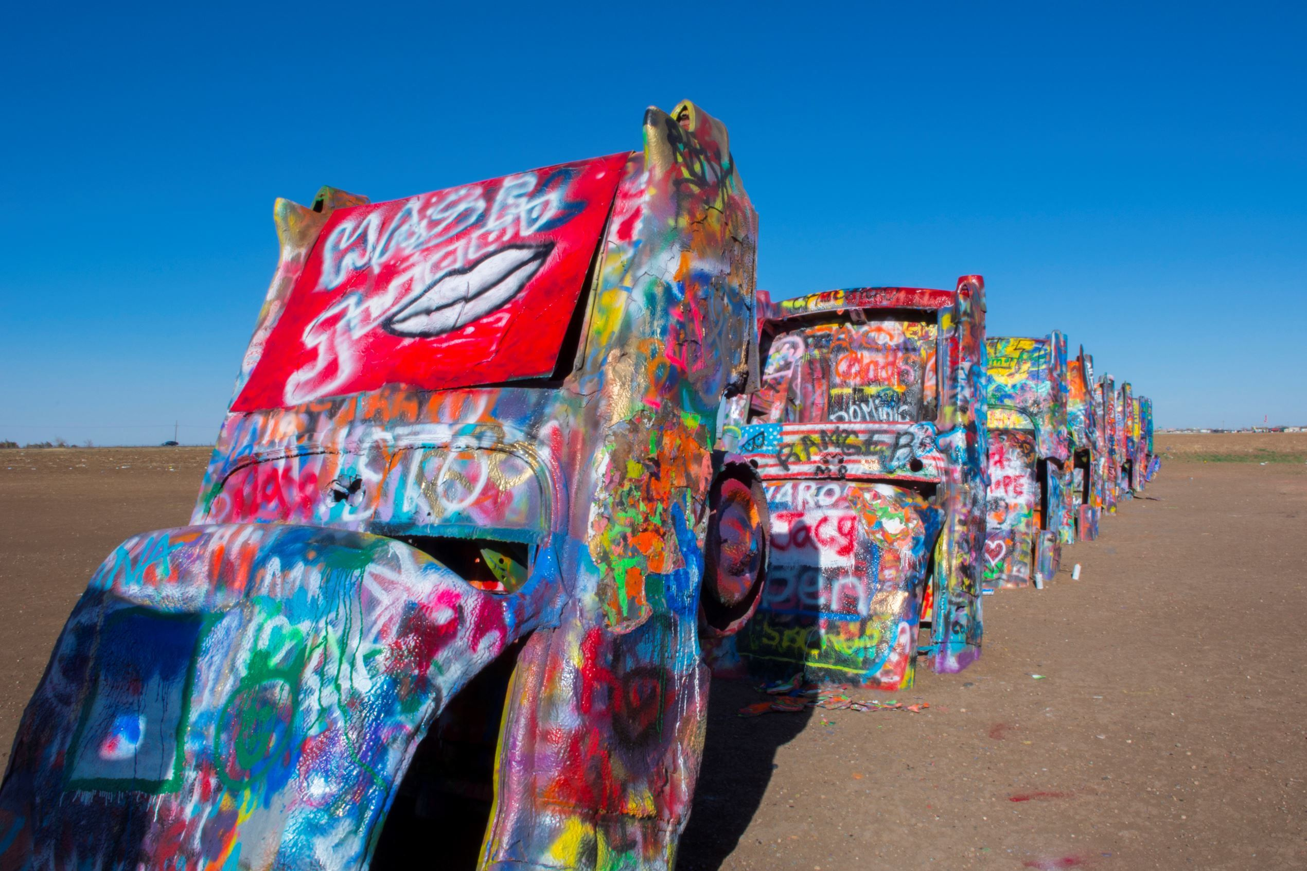 The Weirdest Roadside Attraction in Every State | Diners ...