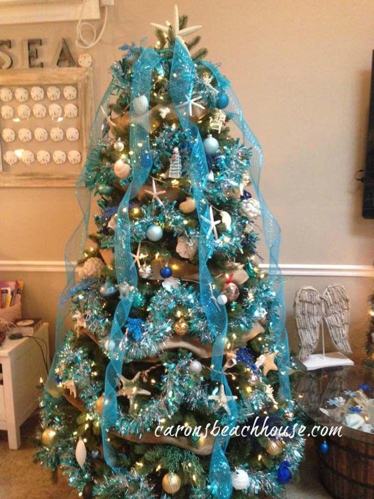 coastal-christmas-tree-decorating-ideas-19-1-kindesign - 30 Brilliant Coastal Chic Christmas Tree Decorating Ideas