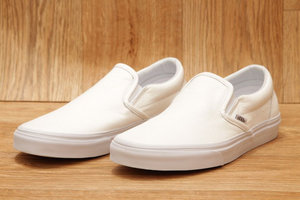 VANS CLASSIC SLIP ON PR LEATHER WHITE £54.95  ca0966df7d7