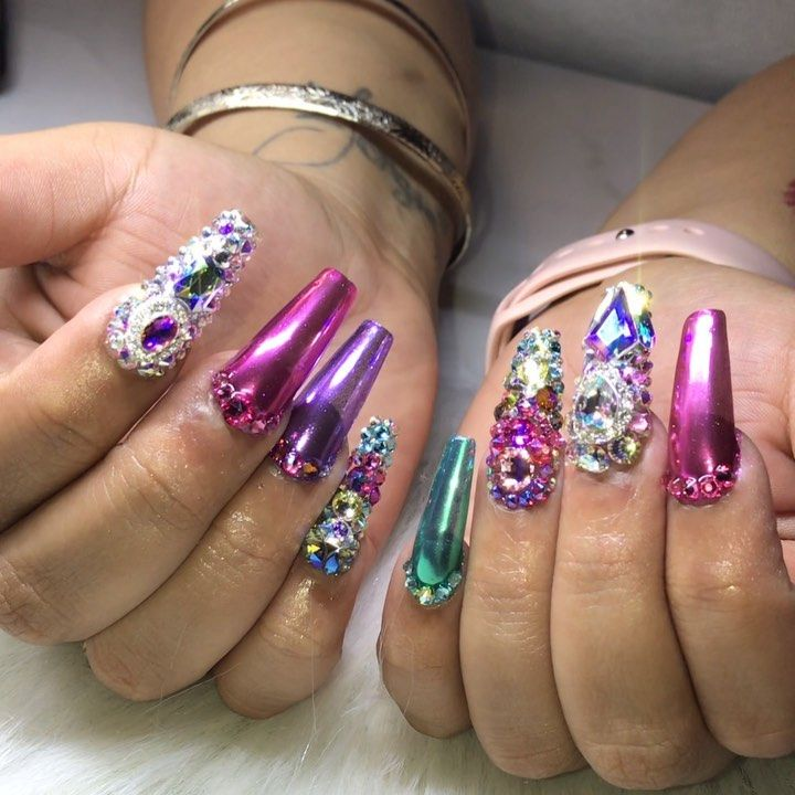 """Piggieluv Freehand Stairway To Heaven Nail Art: Mindy Hardy Nails On Instagram: """"Front And Back Crystal"""