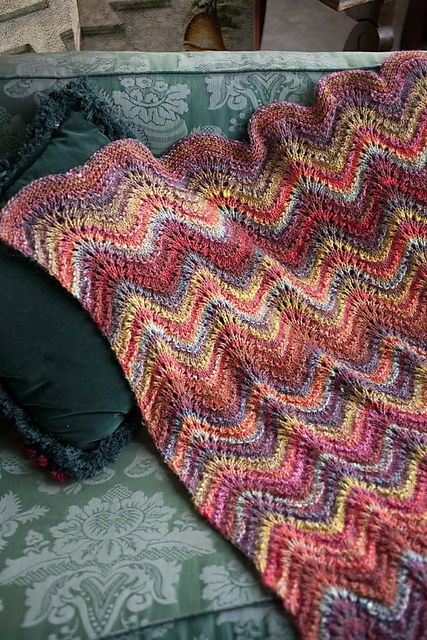 Feather Yarn Knitting Patterns : Loving the Feather and Fan Lace Blanket from the Spring/Summer issue of Noro ...