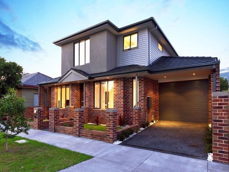House, Red Brick Exterior House Color Scheme With Electric Roller Shutter  Garage Door: Simple Yet Lovely Dark Brown And White Exterior House Color ...