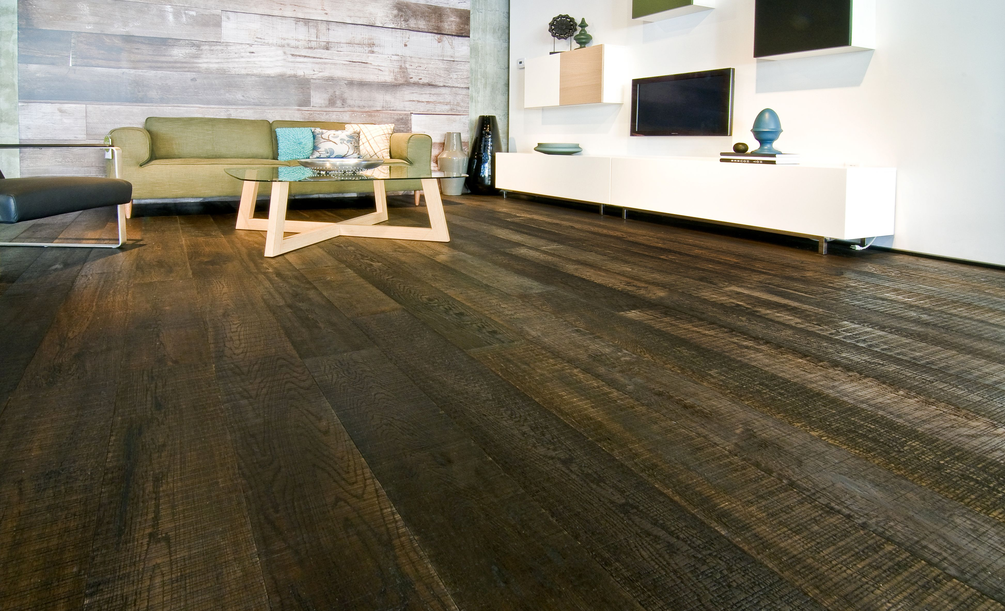 duchateau fine sawn ebony hardwood flooring - get the rustic look