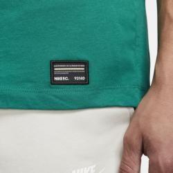 Photo of Kylian Mbappé Herren-T-Shirt – Grün Nike
