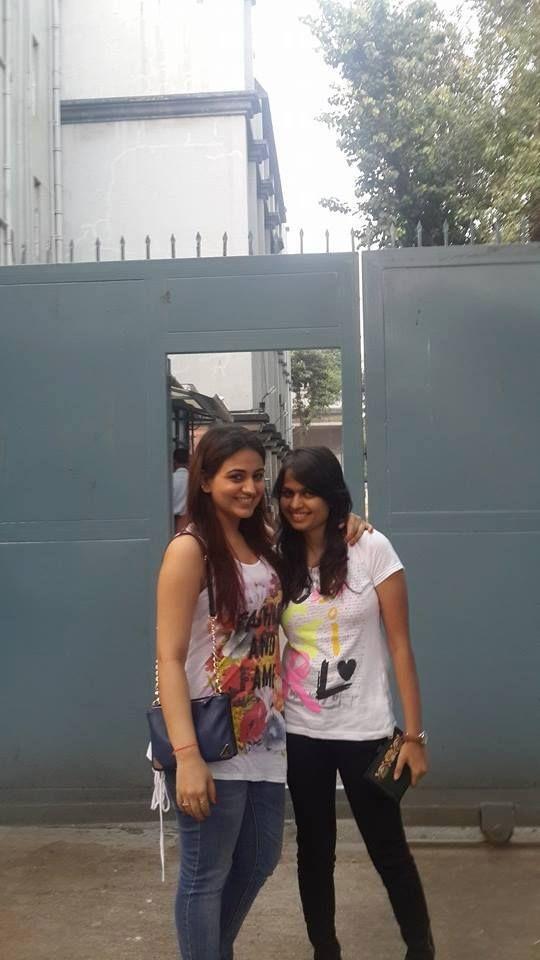 Aksha Pardasany With her Friend