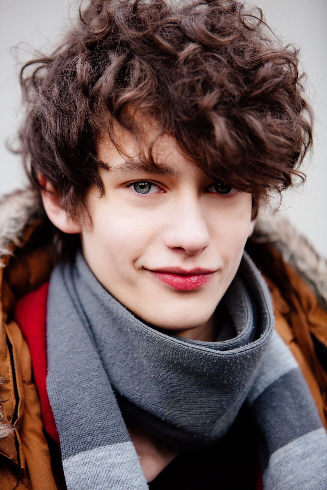 Male Model Street Style Mens Hairstyles Male Face Fashion Model Poses